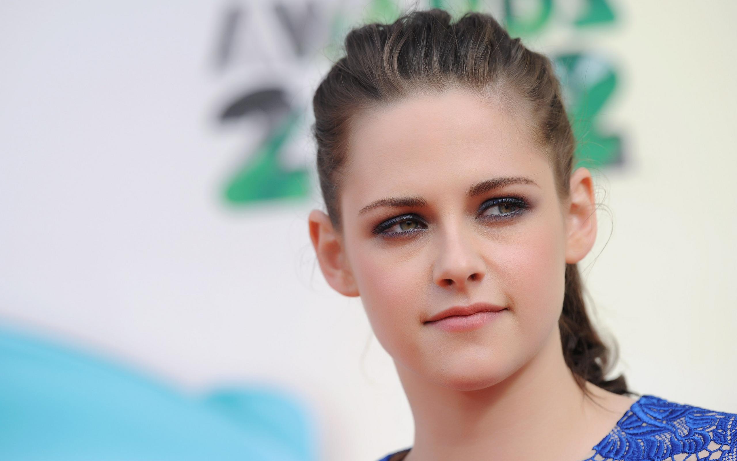 Kristen Stewart Beauty Actress HD wallpaper 2560x1600