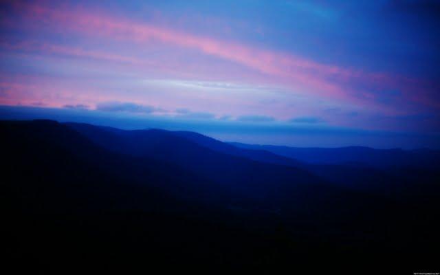 Blue Mountain Screensavers Wallpaper Blue Ridge Mountains 1 1600x1200 640x400