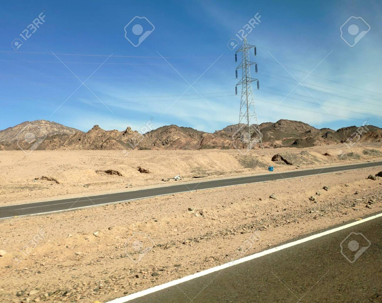Road In The Sinai Desert Picturesque Background With Mountains 1300x1030