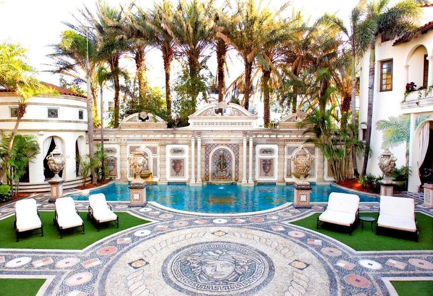 Versace Mansion Picture Gallery Photos Versace Mansion Picture 878x600