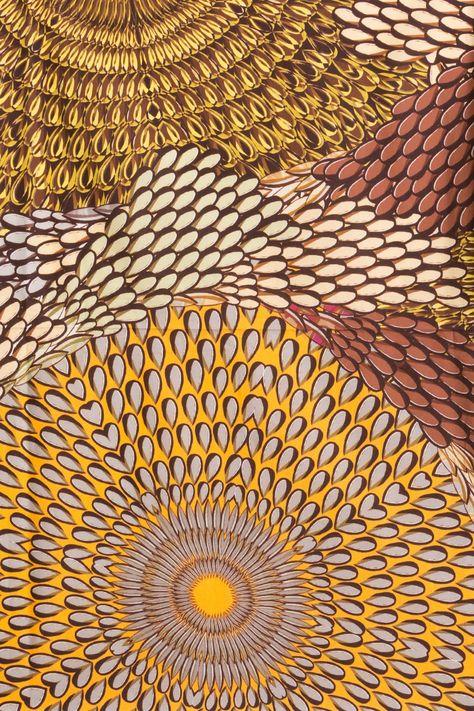 Fabric and Wallpaper Design William Morris Wallpaper 474x711