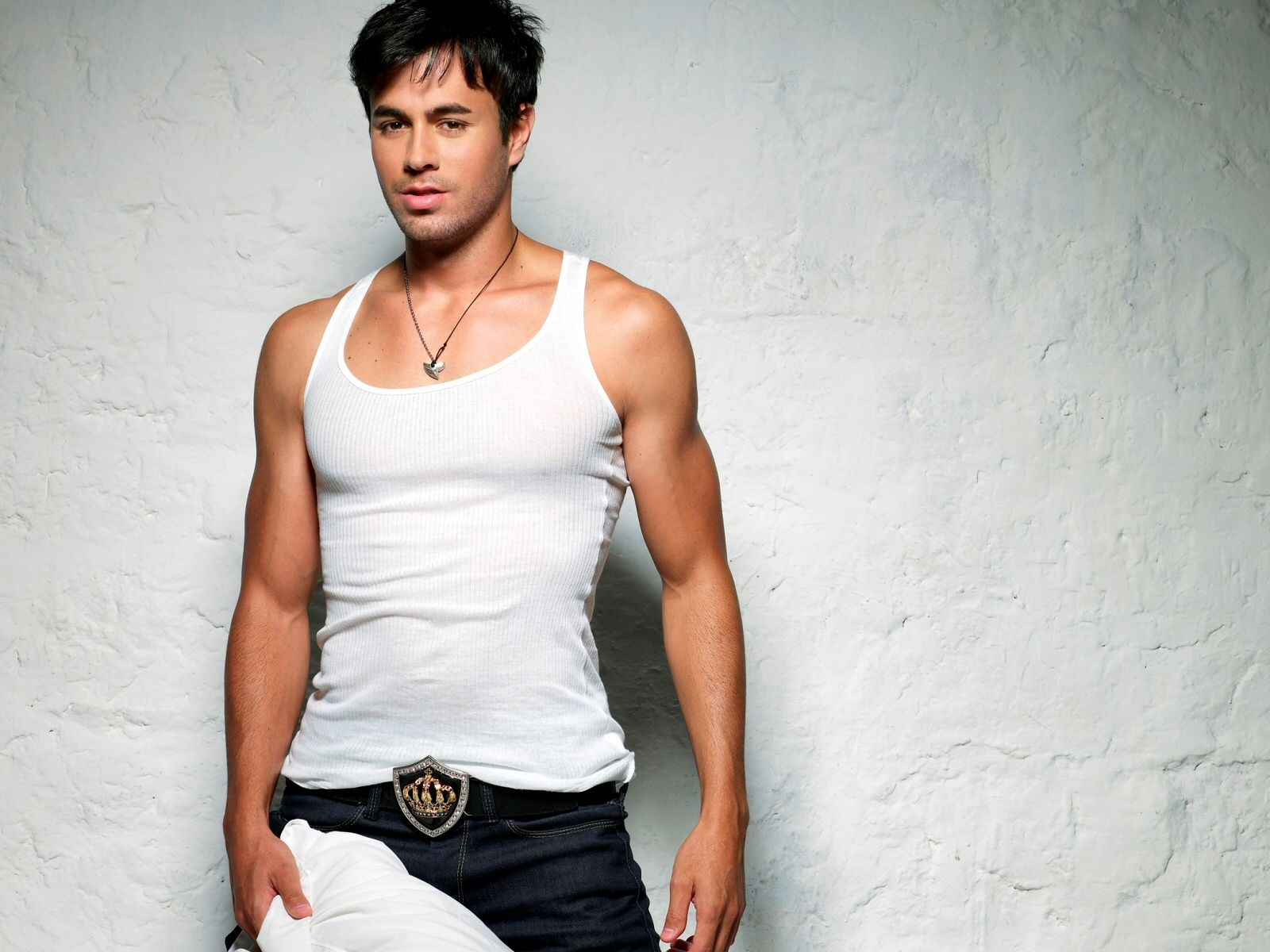 images about Enrique Iglesias Spanish The 1024768 1600x1200