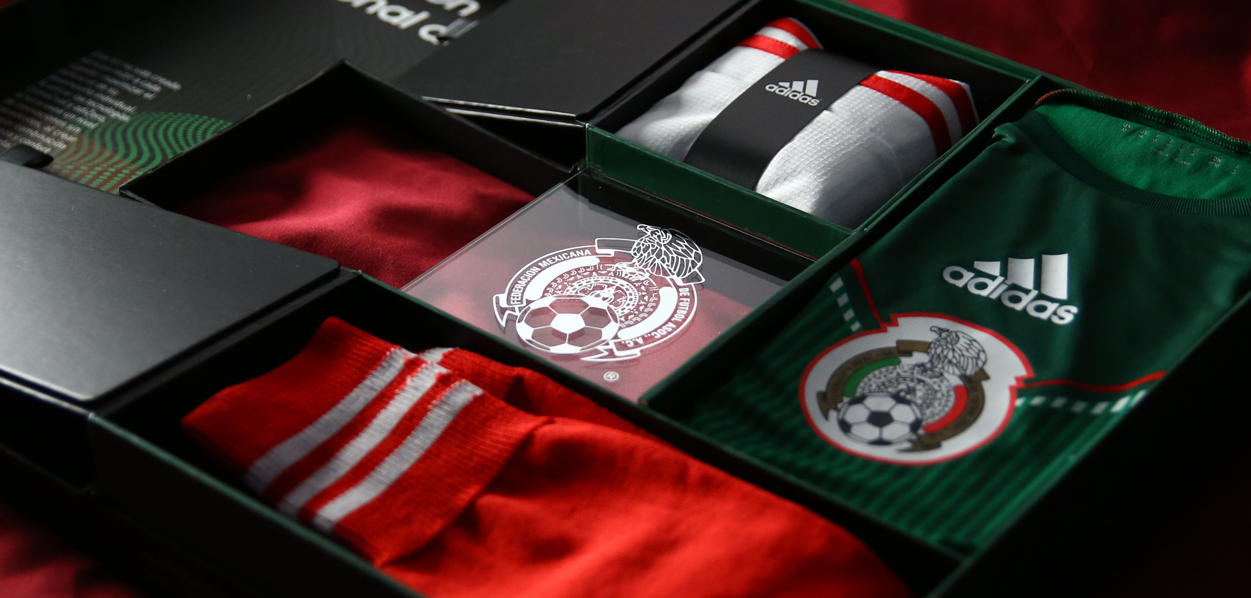 MEXICO soccer 9 wallpaper background 5058x2418