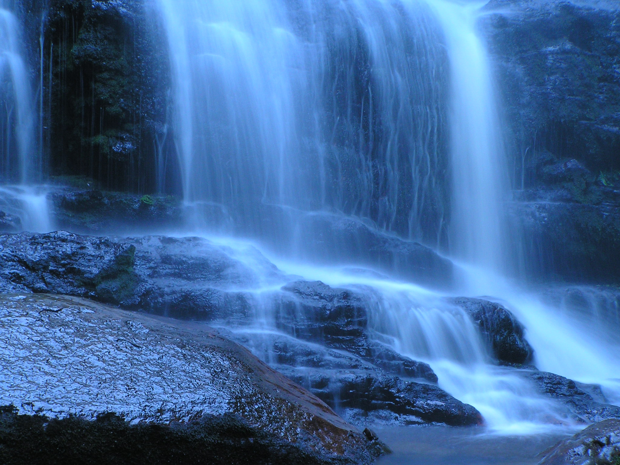 wallpaper wallpaper downloads Waterfall in Tasmania Australia 2048x1536