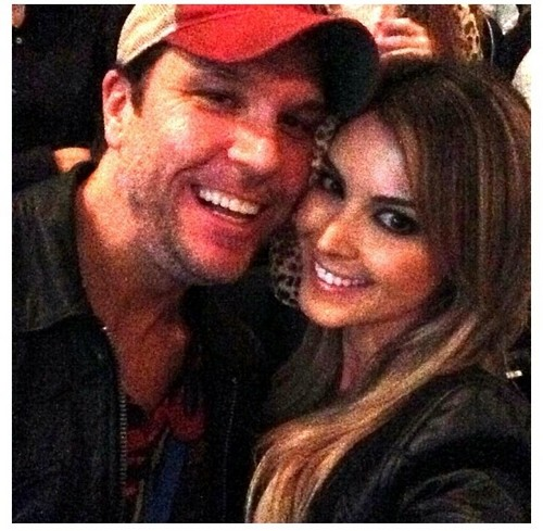 Dane Cook images Dane Cook new serious relationship 500x489