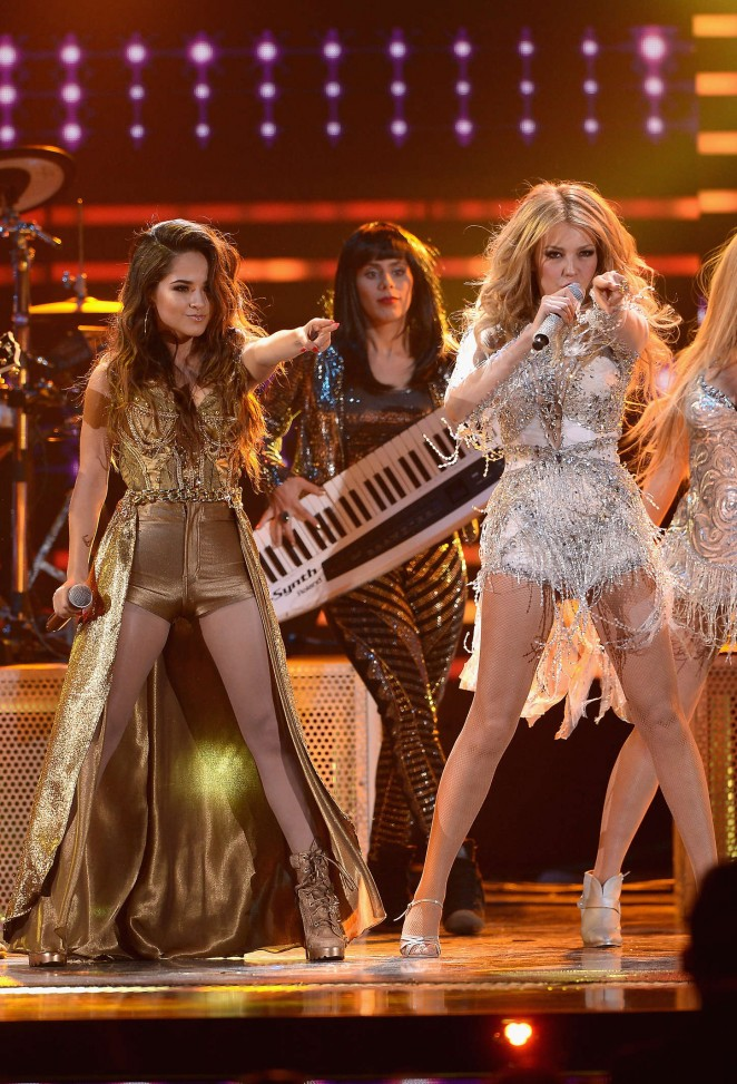 Becky G and Thalia Performs at Premios Lo Nuestros Awards 2015 in 662x973