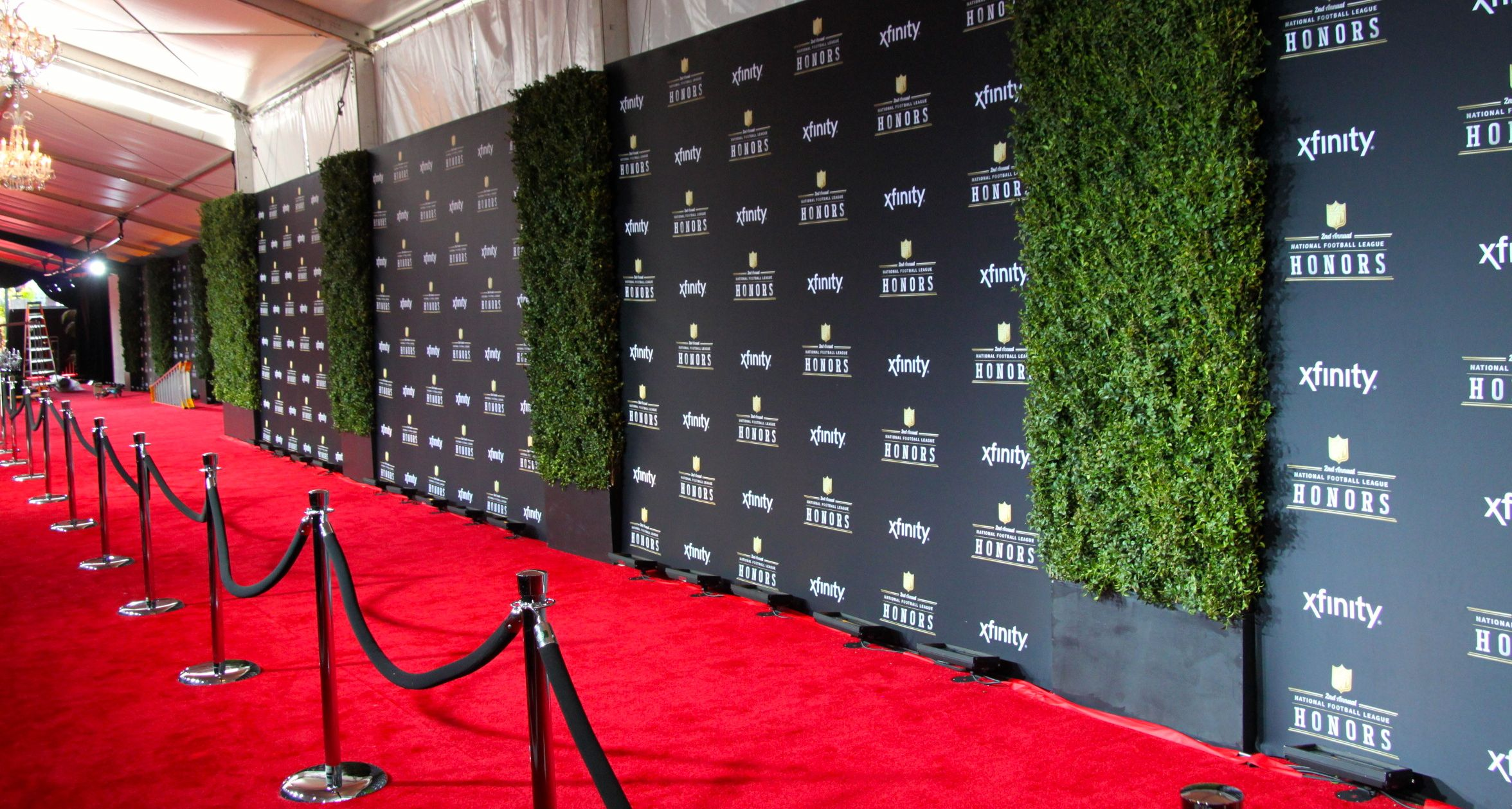 for red carpet background boards displaying 18 images for red carpet 2352x1258