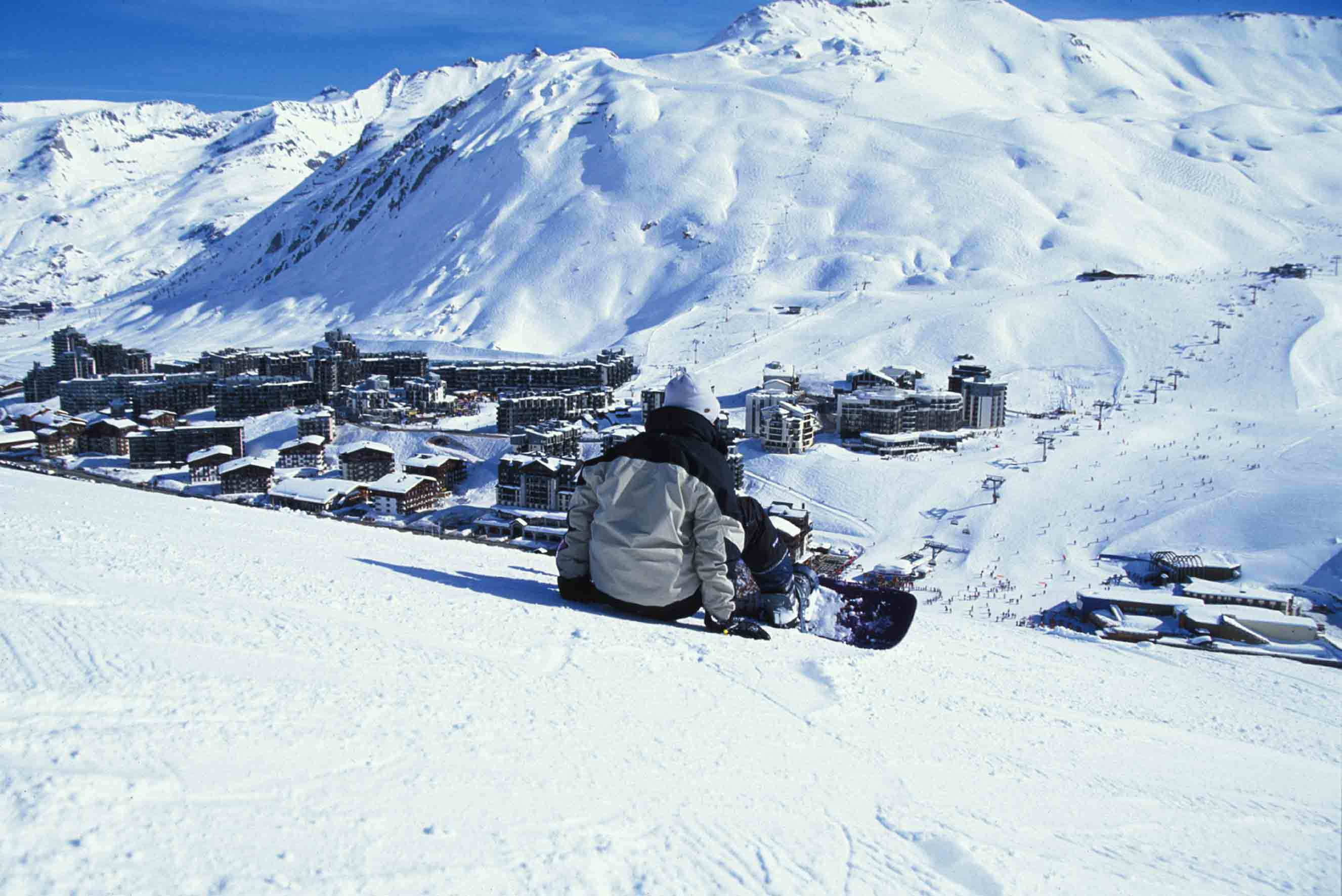 Winter holiday in the ski resort of Tignes France wallpapers and 2653x1772
