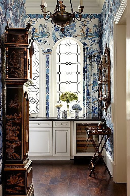 Chinoiserie Chic Saturday Inspiration   Blue and White 427x640