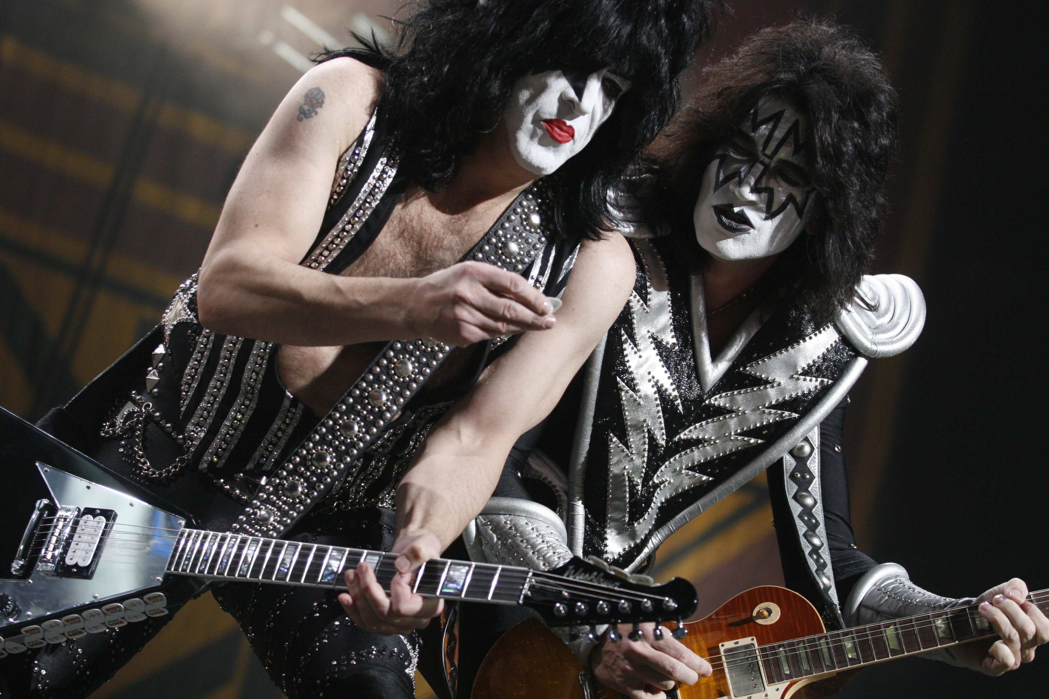 Kiss heavy metal rock bands concert guitar p wallpaper background 3504x2336