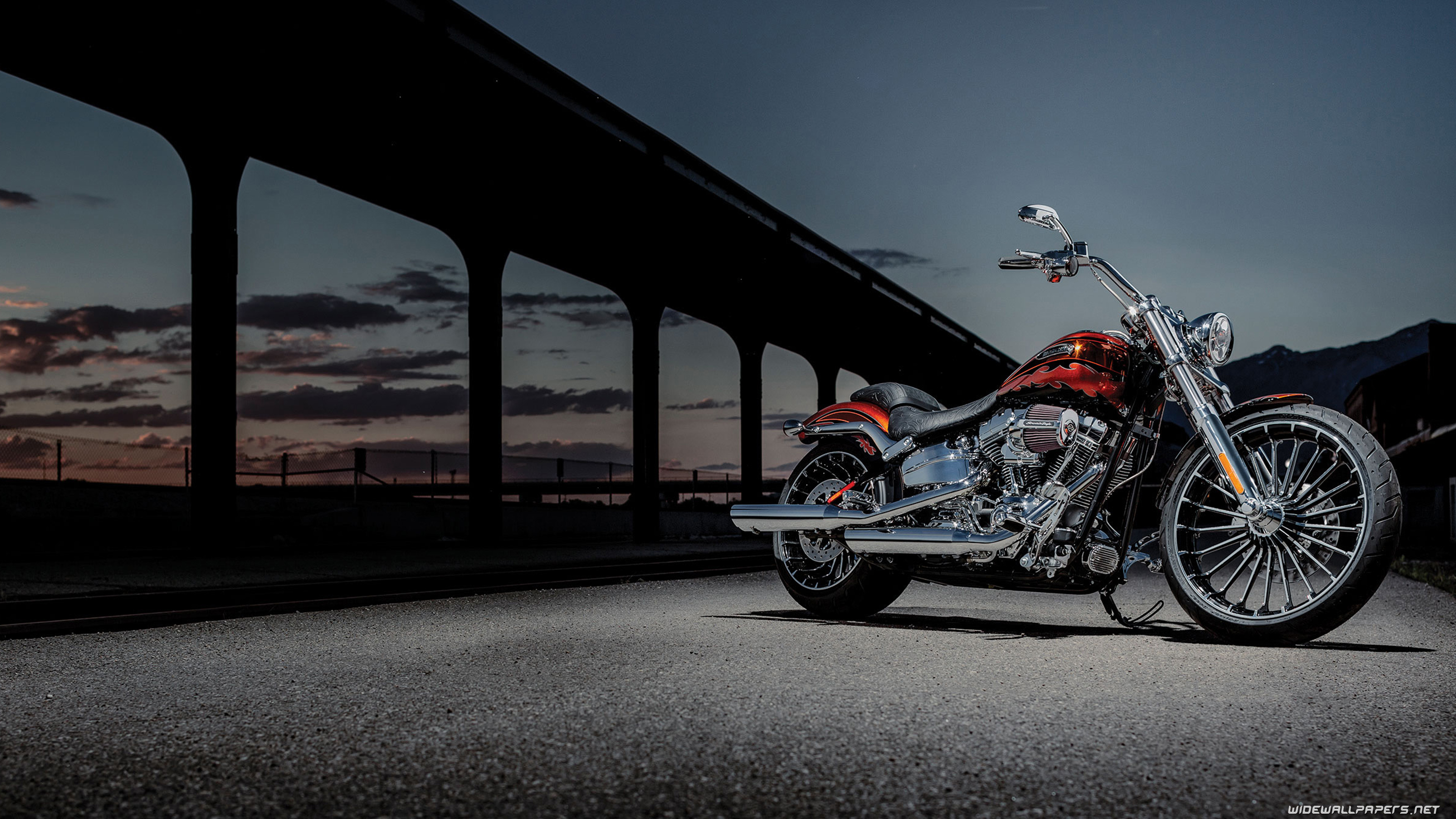 Harley Davidson CVO motorcycle desktop wallpapers 4K Ultra HD 3840x2160