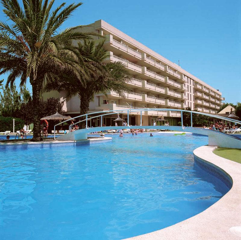 Martinique Hotel Magaluf 800x794