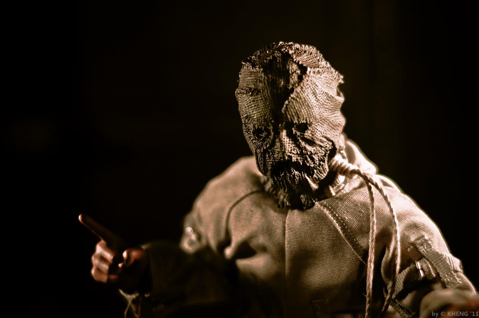 TOYS COLLECTION PHOTOGRAPHY hot toys scarecrow batman villains 1600x1063