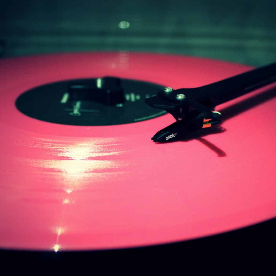Vinyl Record on Record Player   Square Wallpapers   Square Wallpapers 930x930