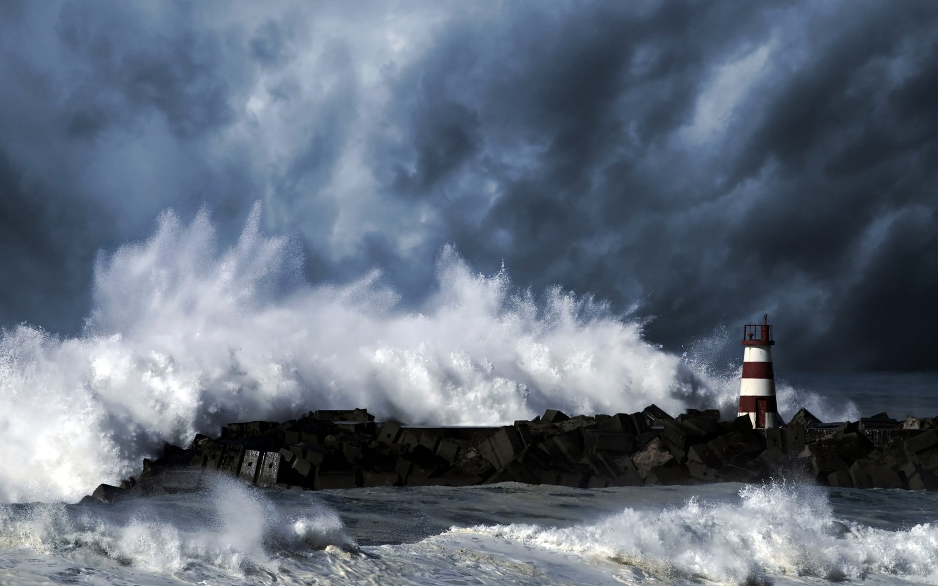 Desktop Wallpaper Lighthouse Storm - WallpaperSafari