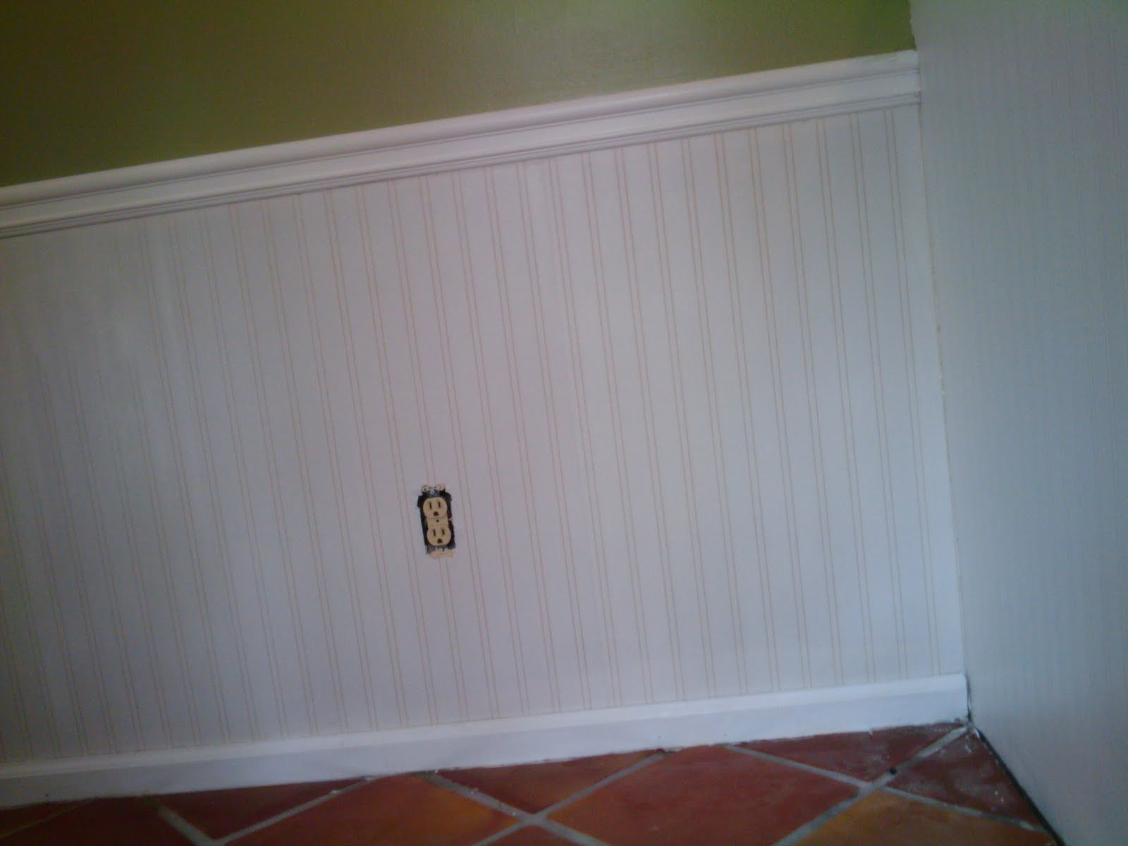 But this bead board is great The wall paper has a texture that is 1600x1200