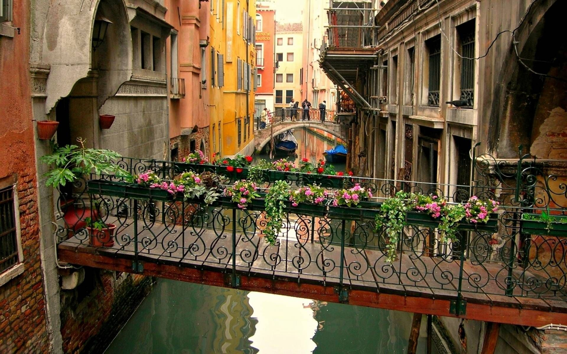 Venice Italy Desktop Wallpaper BF HD Widescreen Wallpapers For 1920x1200