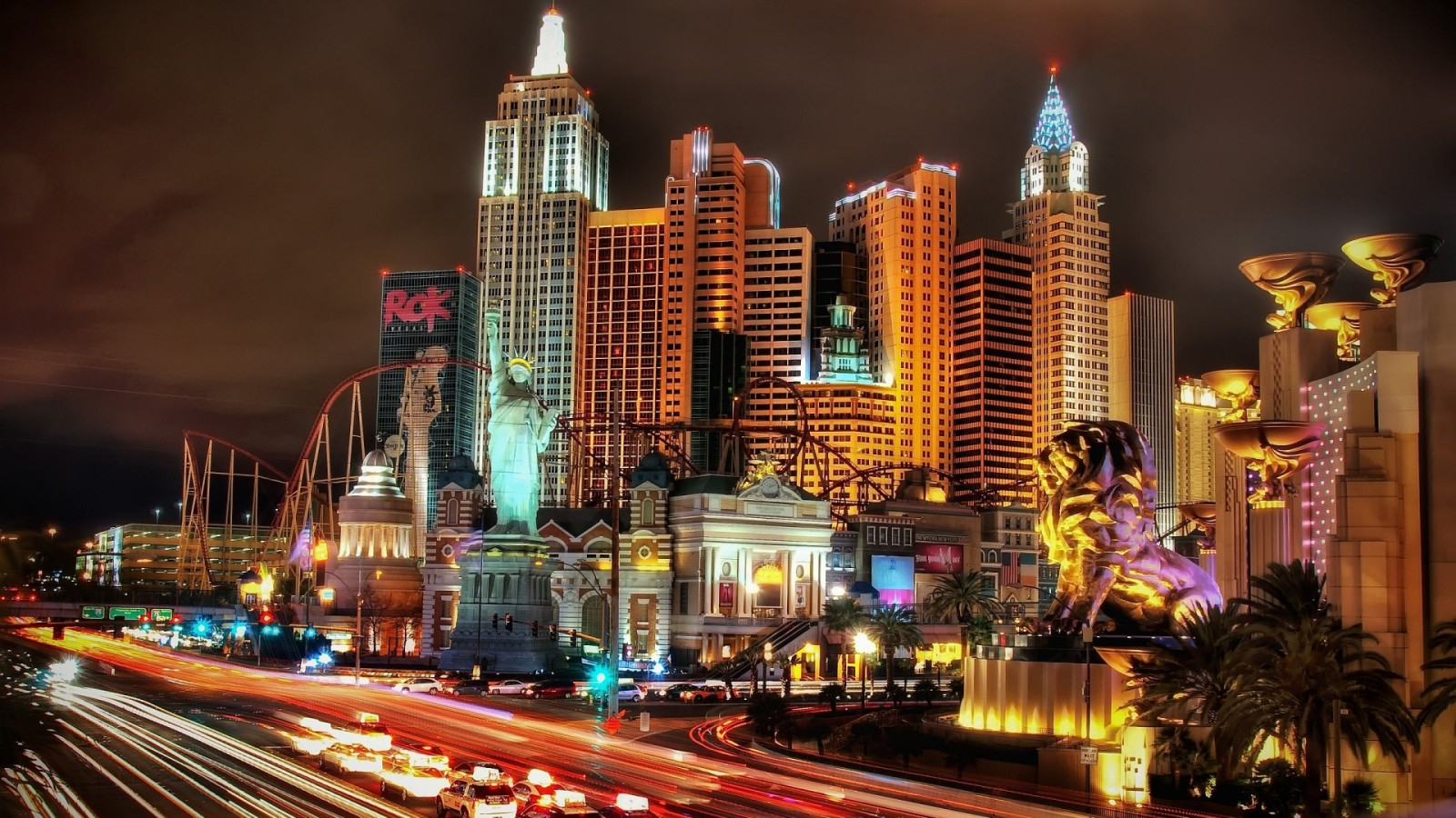 Las Vegas New York Night HD Wallpaper of City   hdwallpaper2013com 1600x900