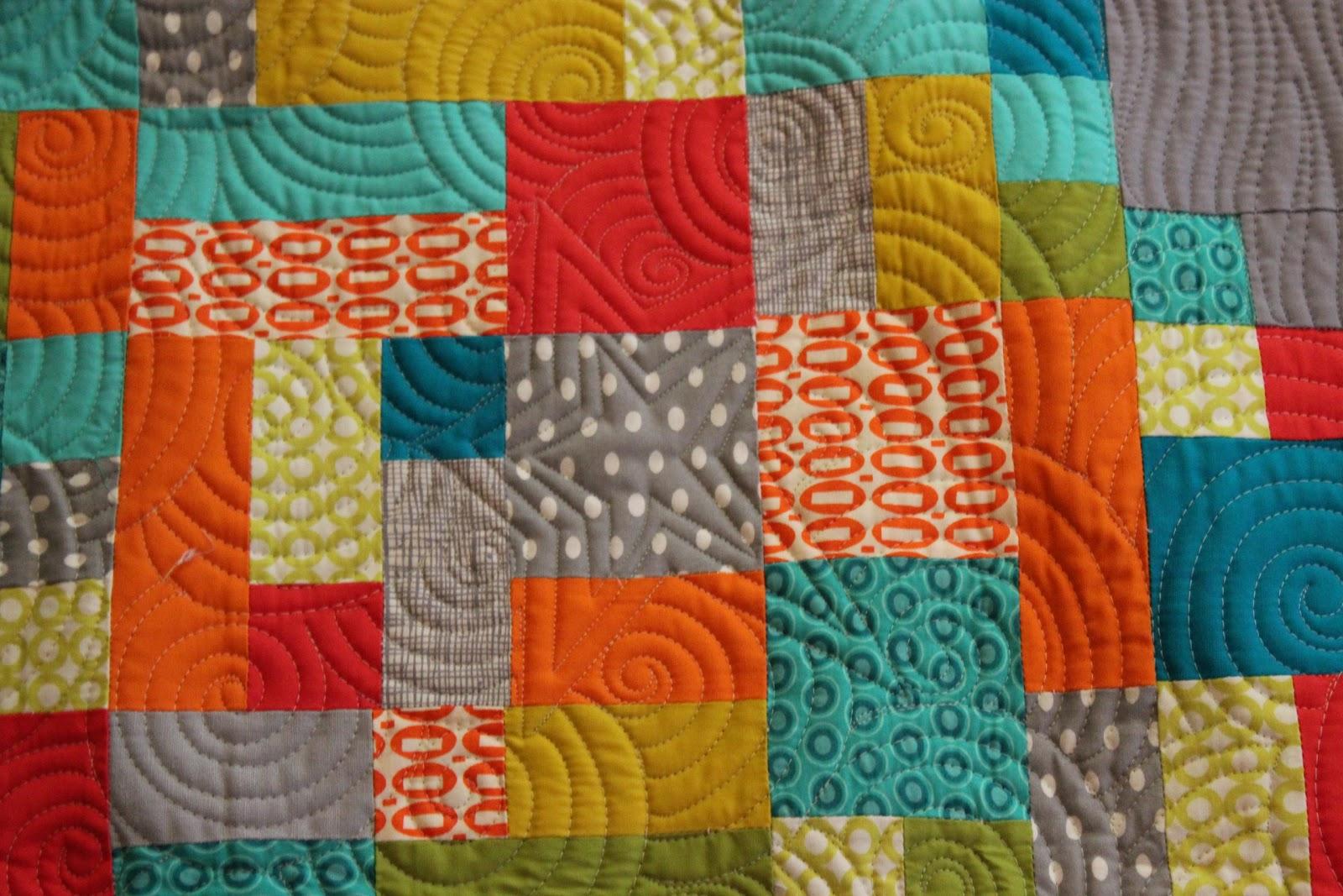 Quilt Wallpaper and Ba...