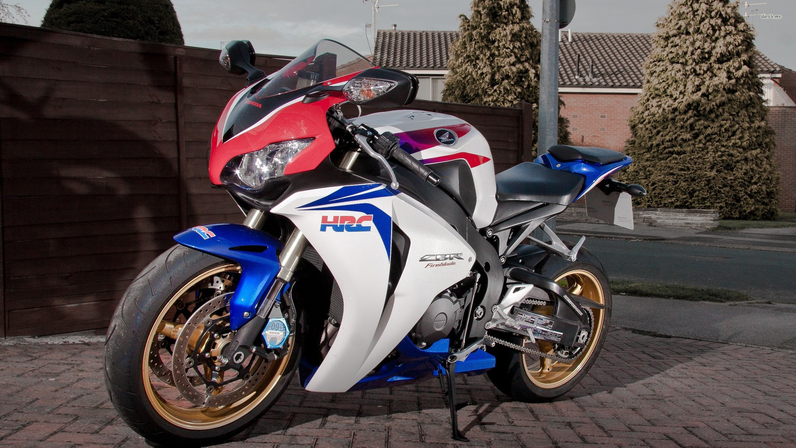 74 Cbr1000Rr Wallpapers on WallpaperPlay 2560x1440