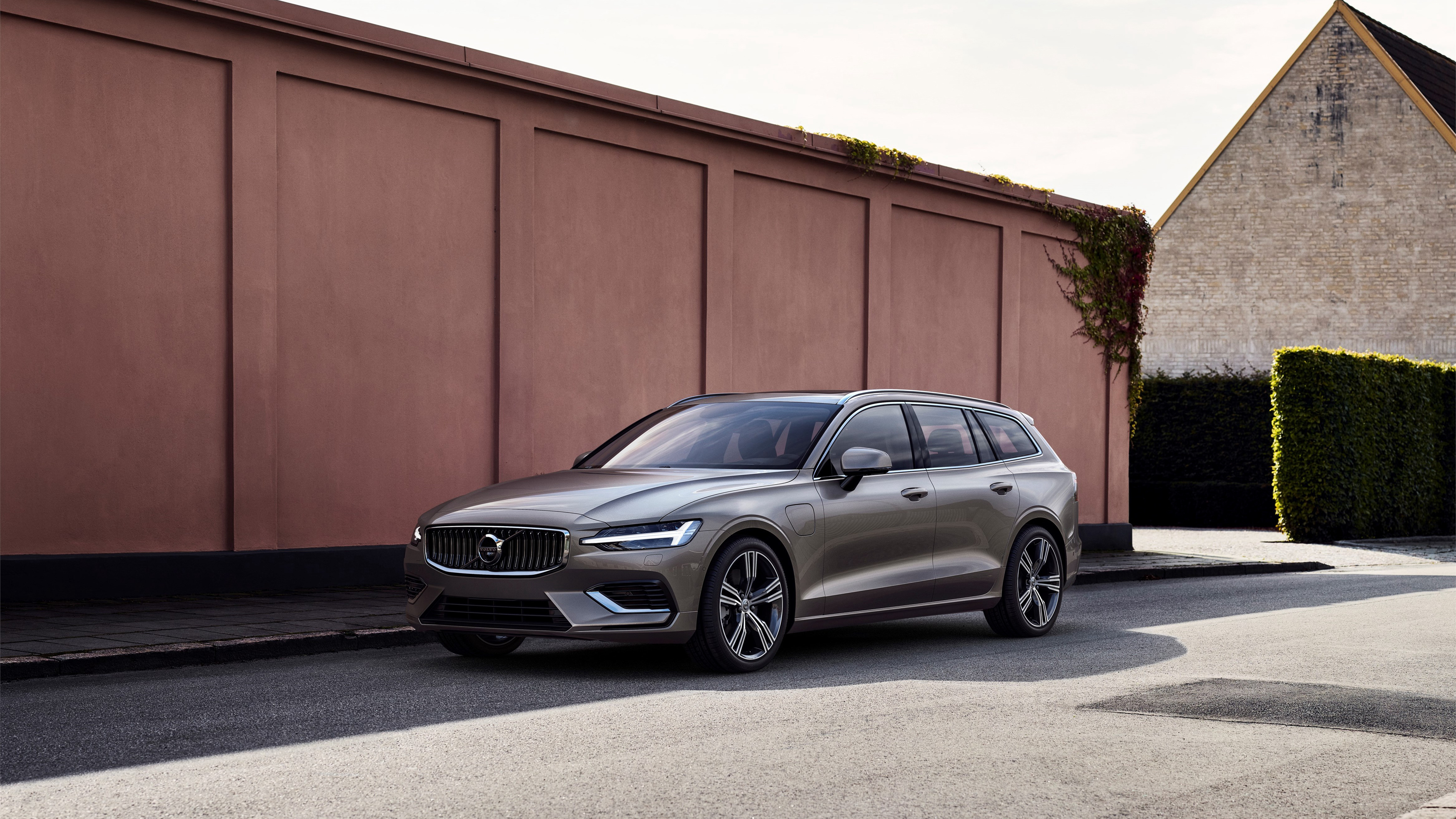 2018 Volvo V60 T8 Inscription 4K Wallpaper HD Car Wallpapers 4096x2304