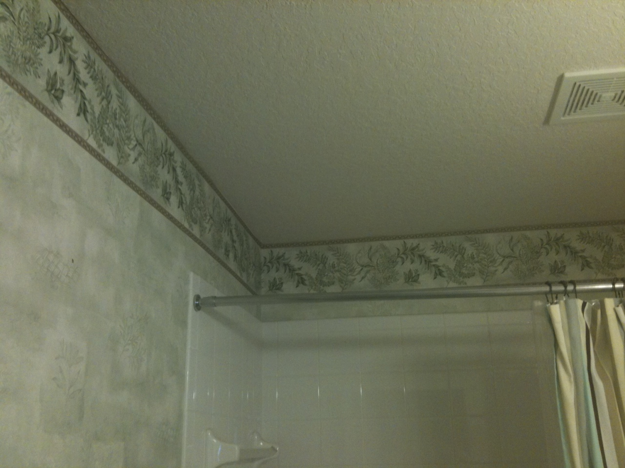 Wallpaper Border Bathroom On Bad In The Guest 1280x960