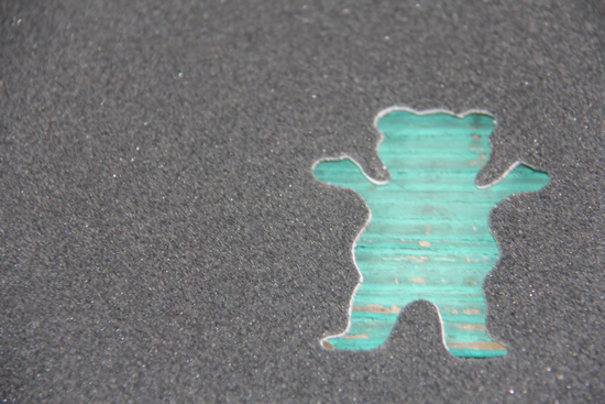 Grizzly Griptape Logo Wallpaper Plus the coveted grizzly cut 550x367