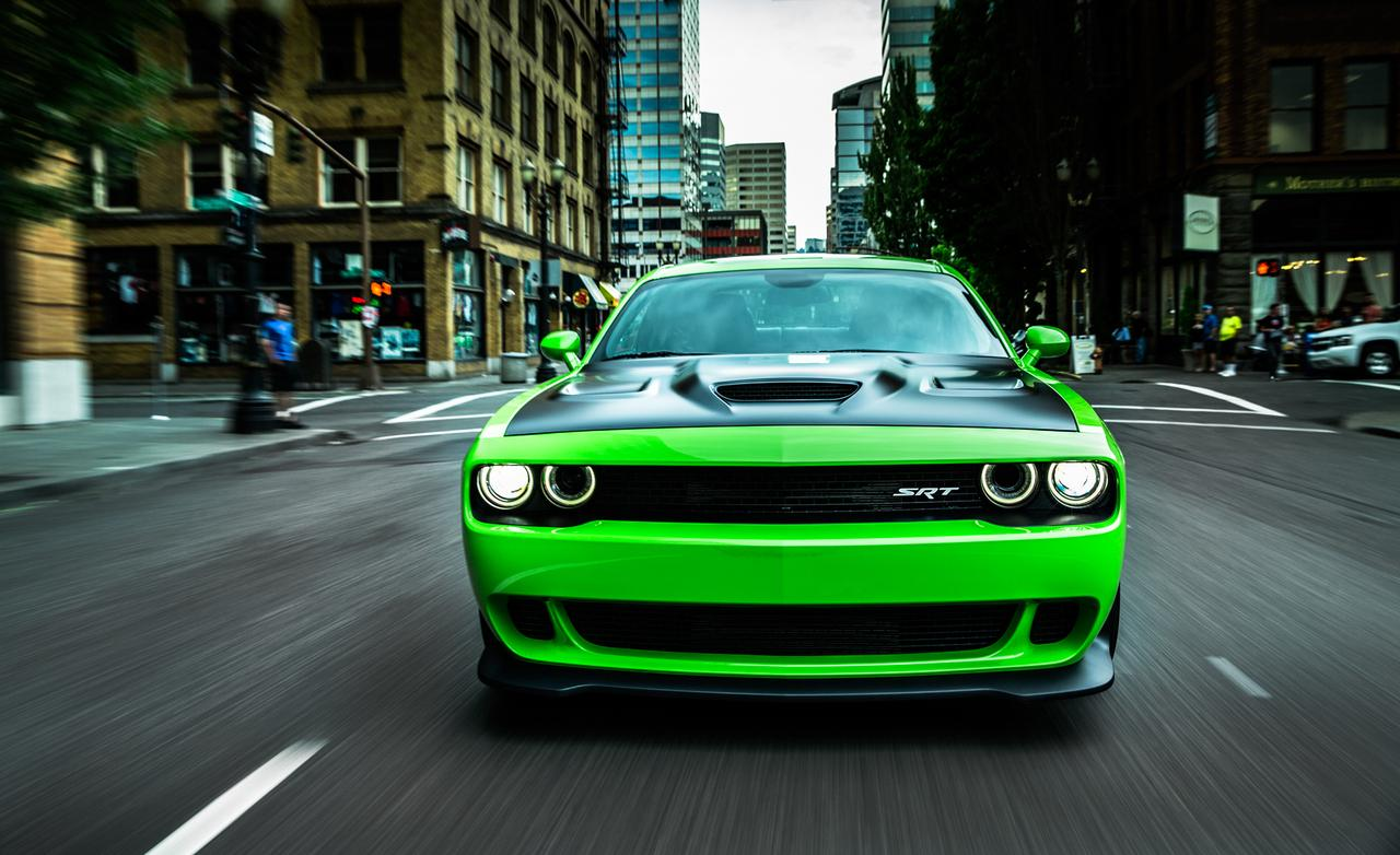 2015 Dodge Challenger SRT Hellcat photo 1280x782