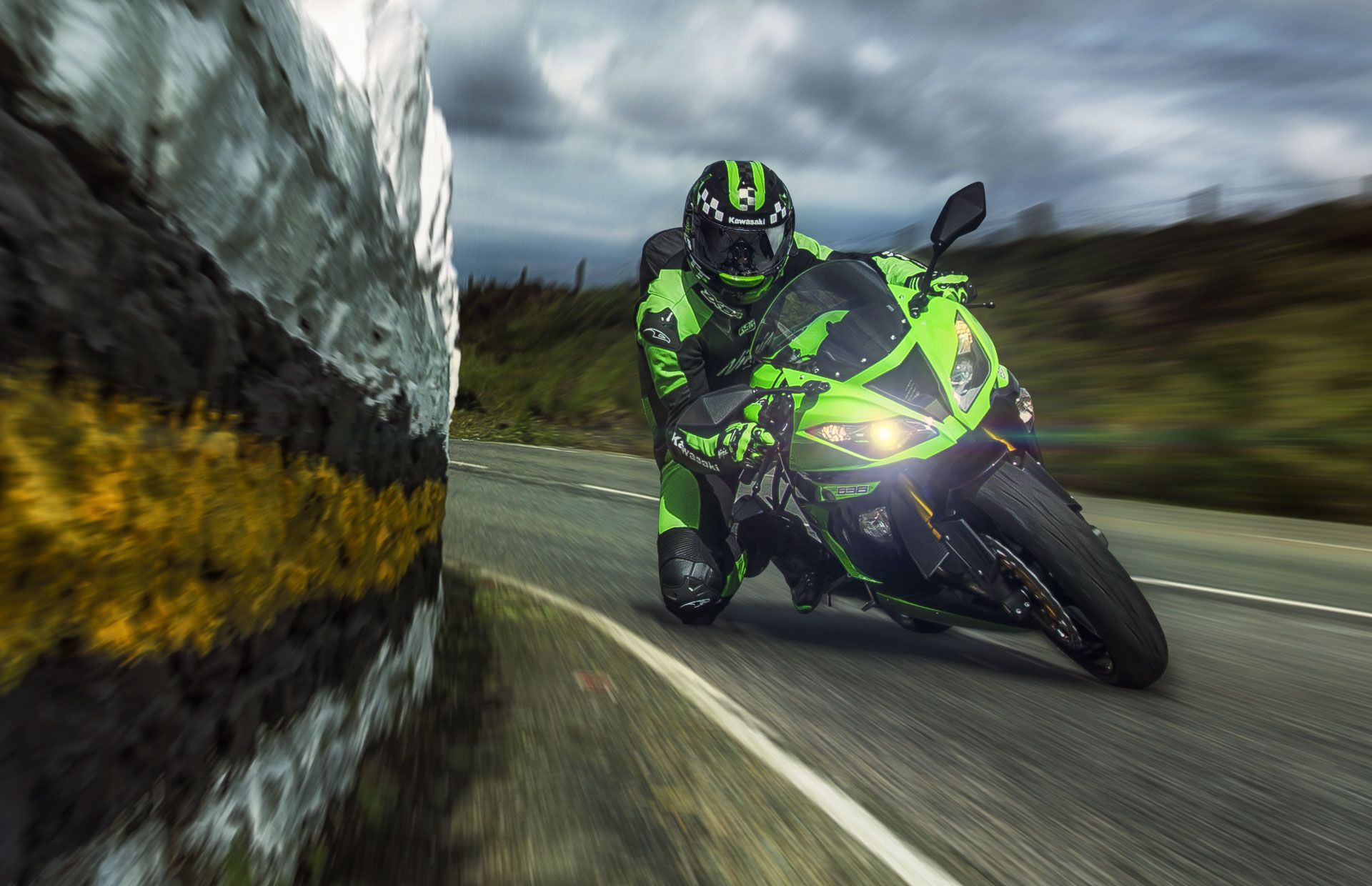 Kawasaki Ninja ZX6R Wallpapers   Top Kawasaki Ninja ZX6R 1920x1240