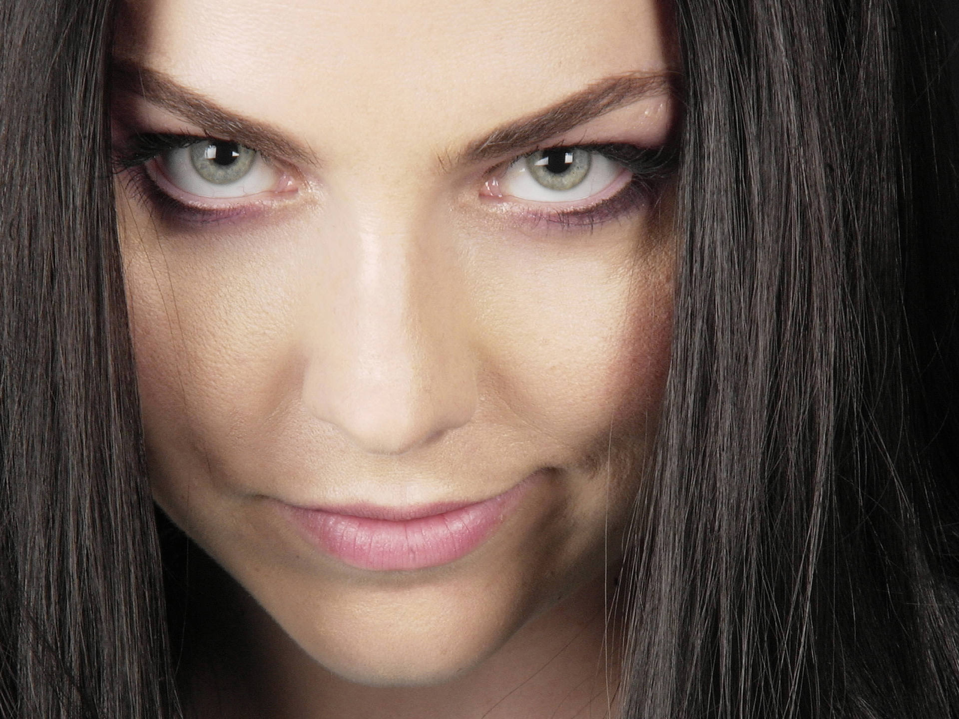 click Amy Lee Photos Wallpaper image and save image as click save 1920x1440