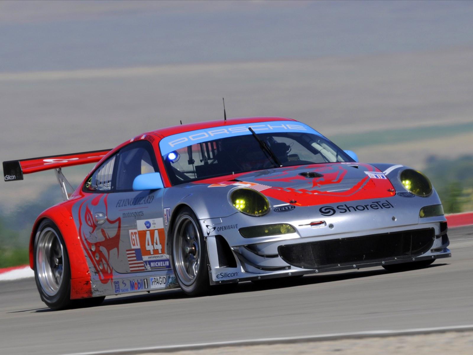 Download HQ Porsche Racing Cars Wallpaper Num 15 1600 x 1200 1600x1200