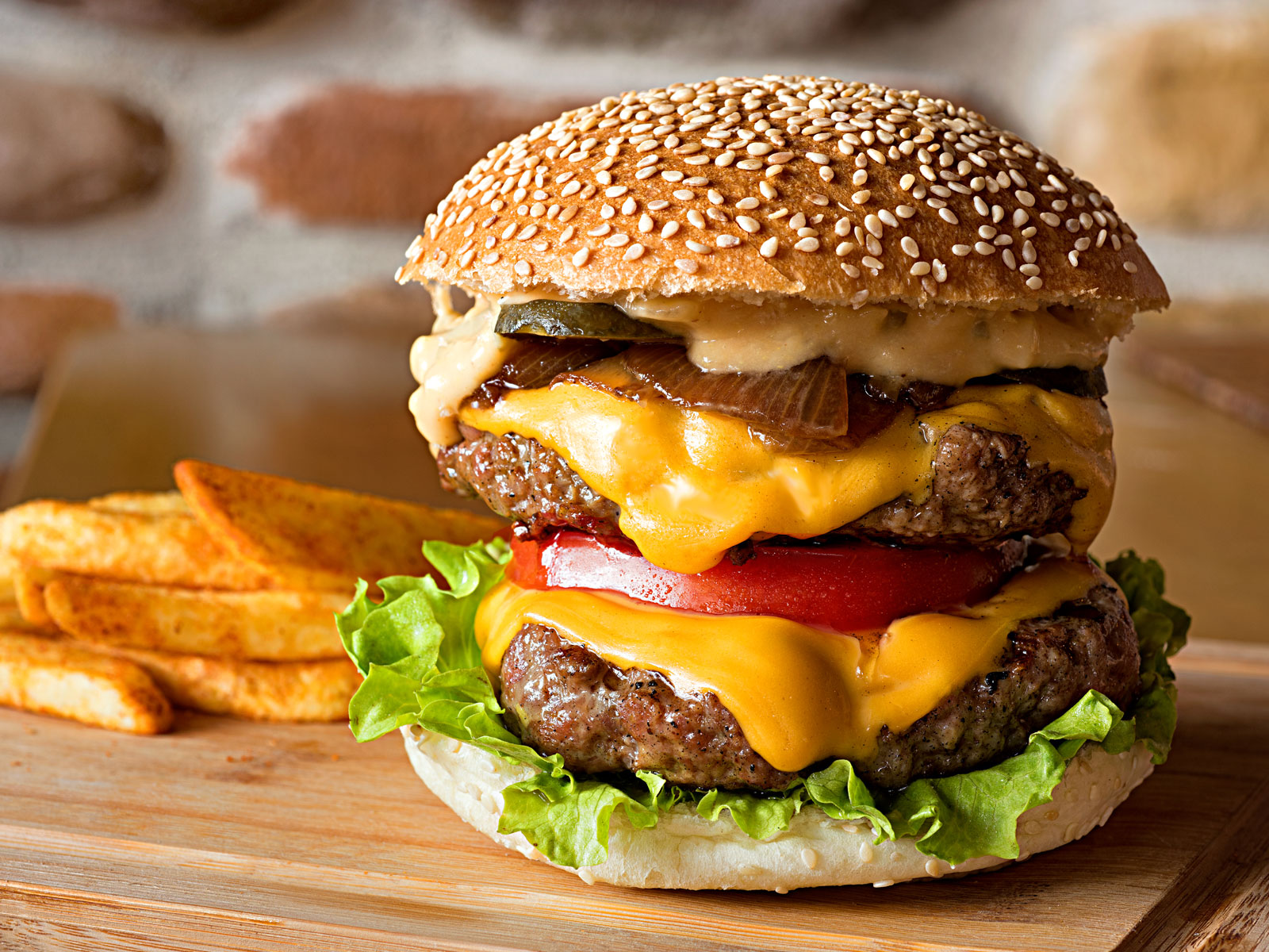 National Hamburger Day 2019 Where to Find Deals and Burgers 1600x1200