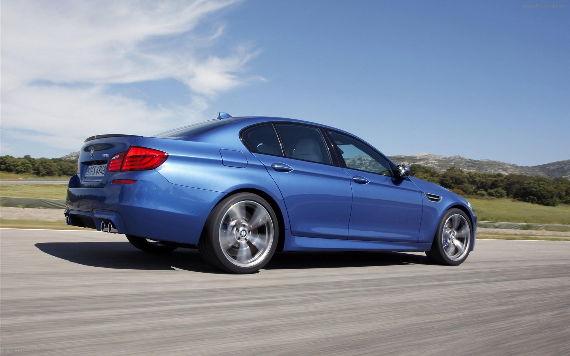 Home BMW BMW M5 Saloon 2012 1920x1200