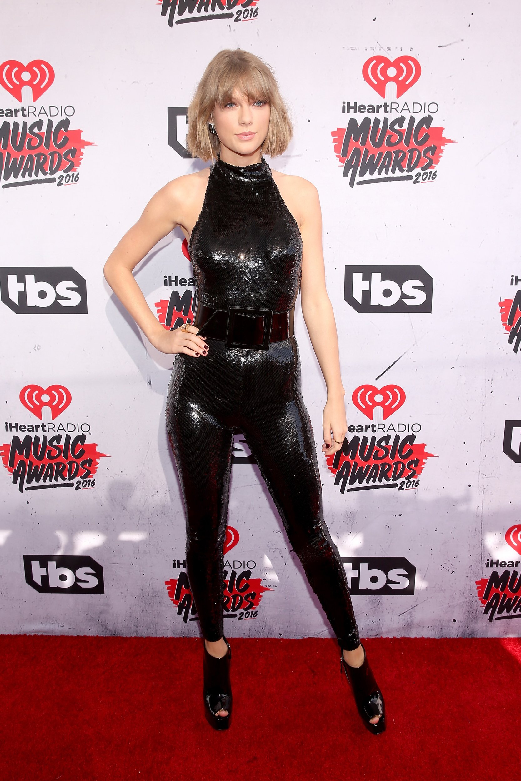 2016 iHeartRadio Music Awards red carpet arrivals   AOL 1667x2500