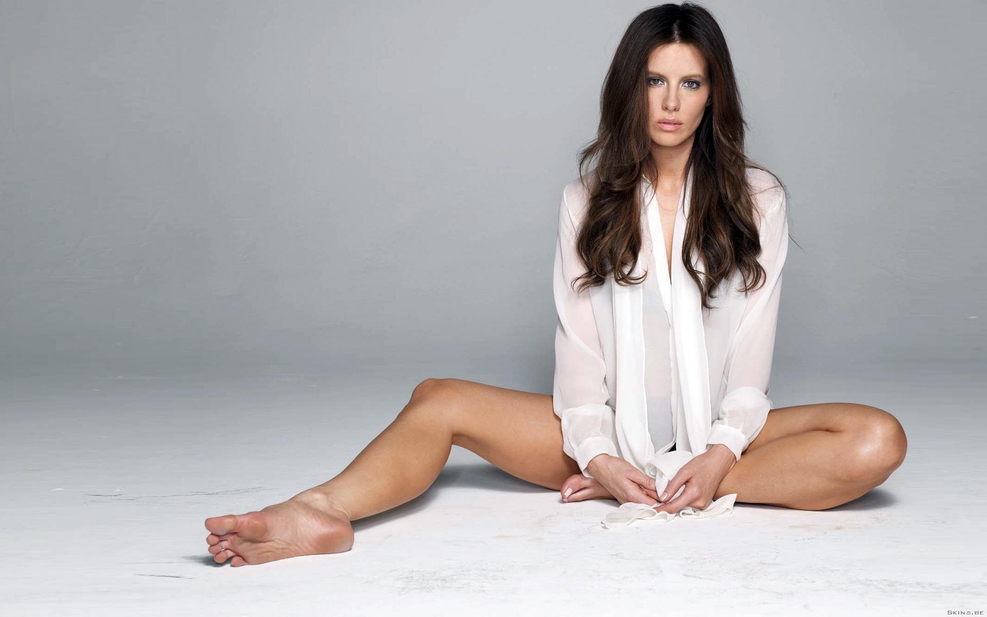Kate Beckinsale Feet wallpaper 112663 1920x1200