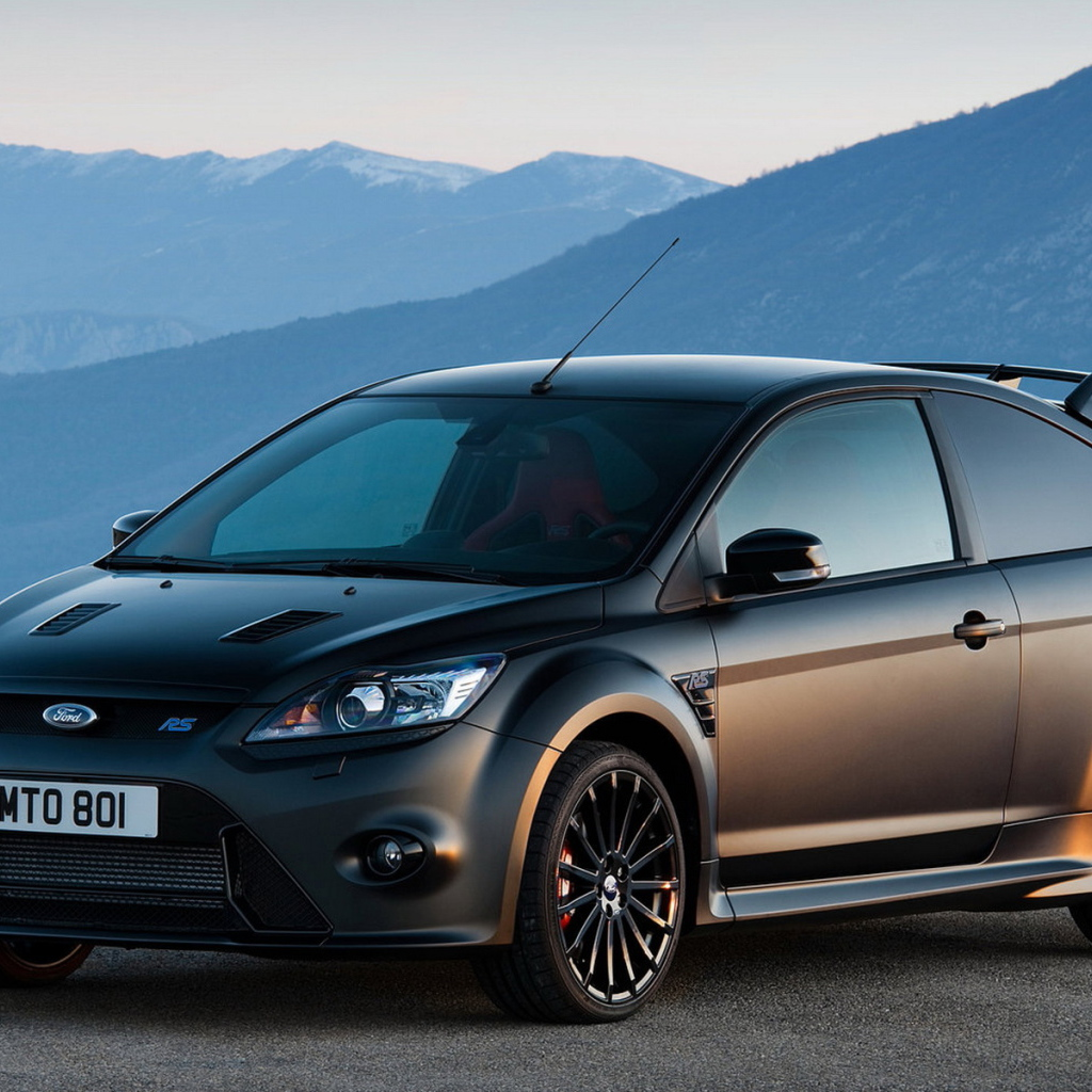 Ford Focus RS Desktop wallpapers 1024x1024 1024x1024