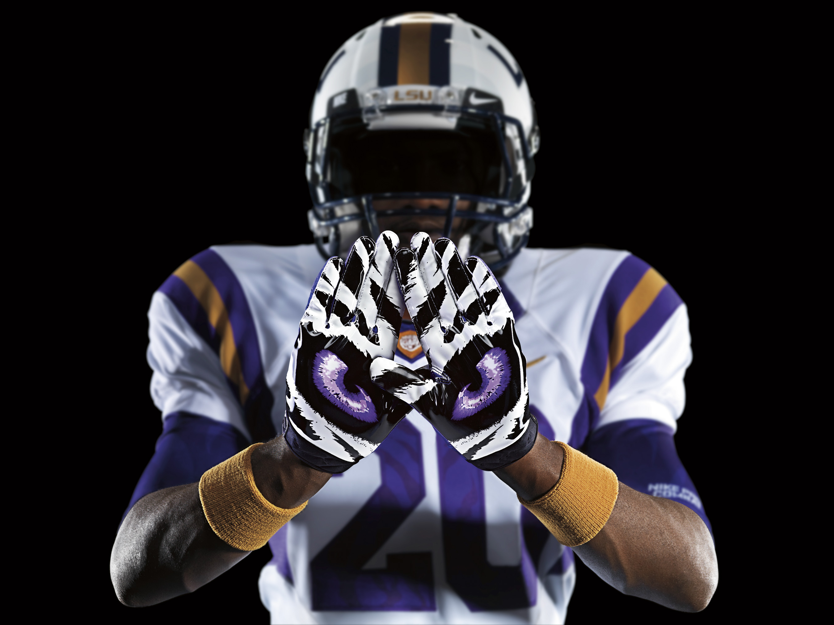 LSU To Get The Nike Pro Combat Treatment [Pictures] 2700x2025