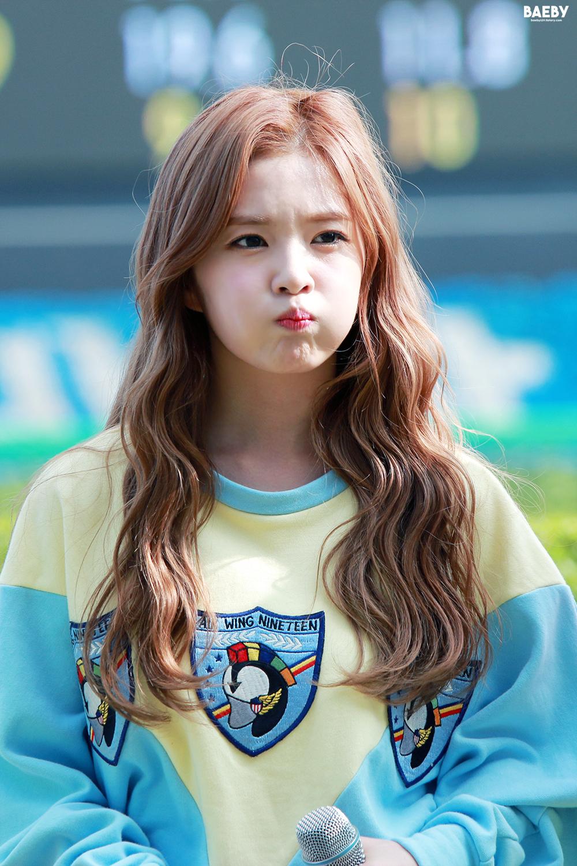Irene   Red Velvet   Asiachan KPOP Image Board 1000x1500