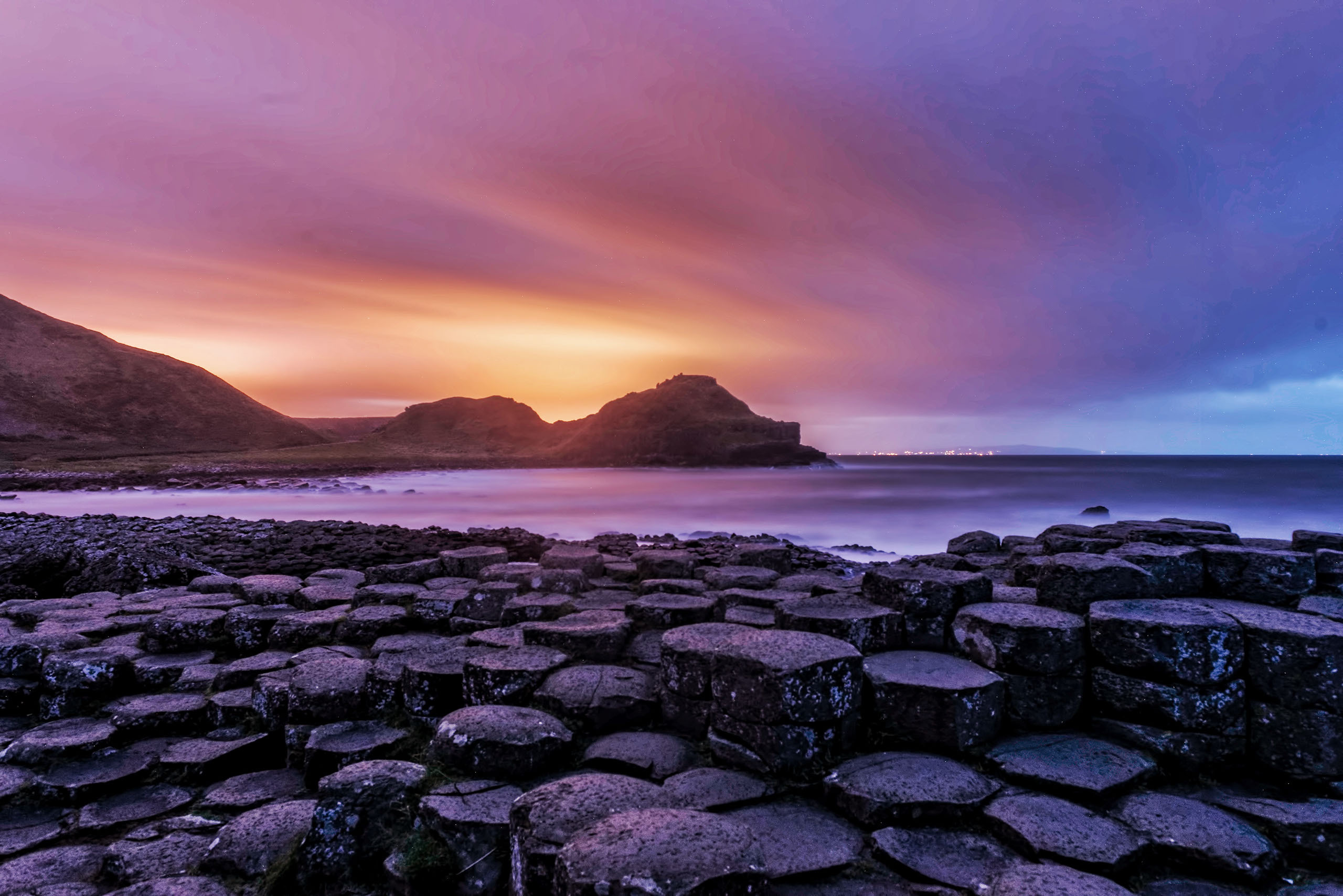 Giants Causeway Wallpapers Images Photos Pictures Backgrounds 2560x1708
