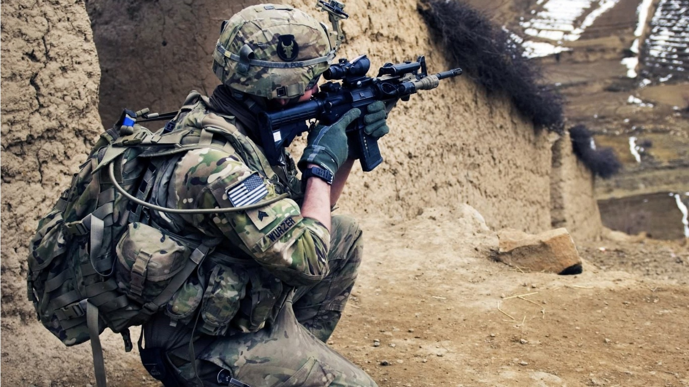 Soldiers Army Background Wallpapers   1366x768   433457 1366x768
