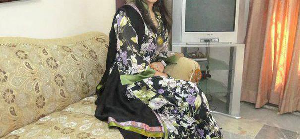 Desi Aunties Wallpapers 2013Pakistani Aunties WallpapersDesi 605x280