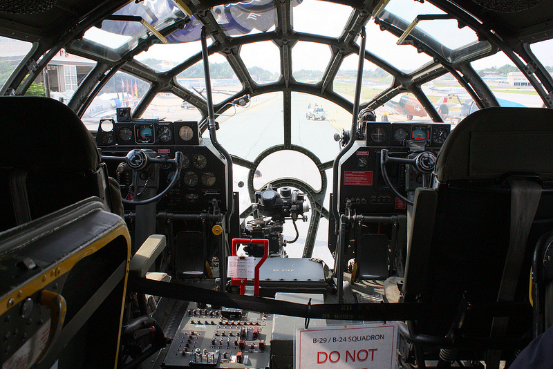 Millennium Falcon Cockpit How the war built the millennium falcon star ...