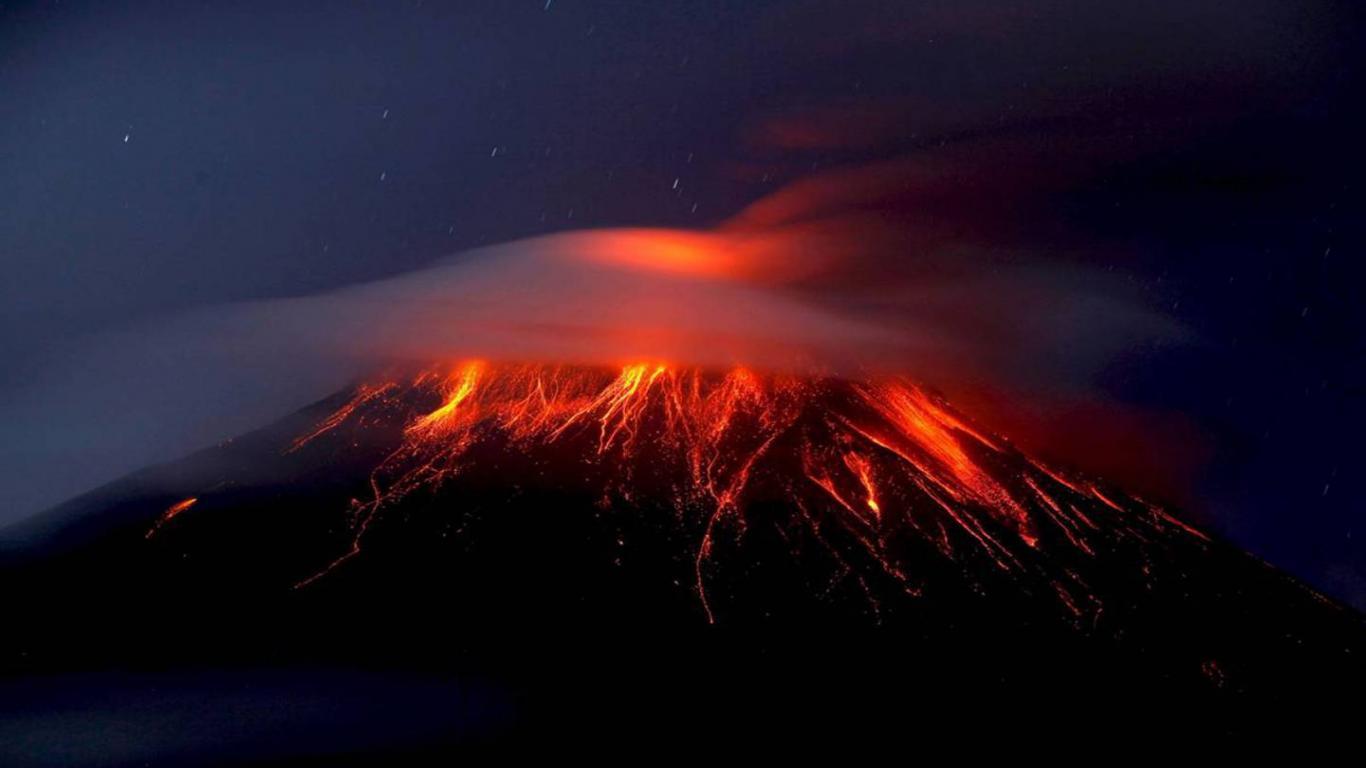 volcano eruption 1440 900 download widescreen hd buring volcano 1366x768