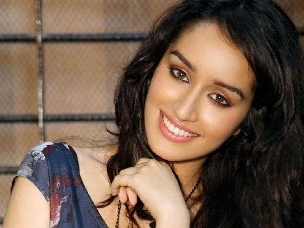 Shraddha Kapoor Cute Smi HD Wallpaper Background Images 1024x768
