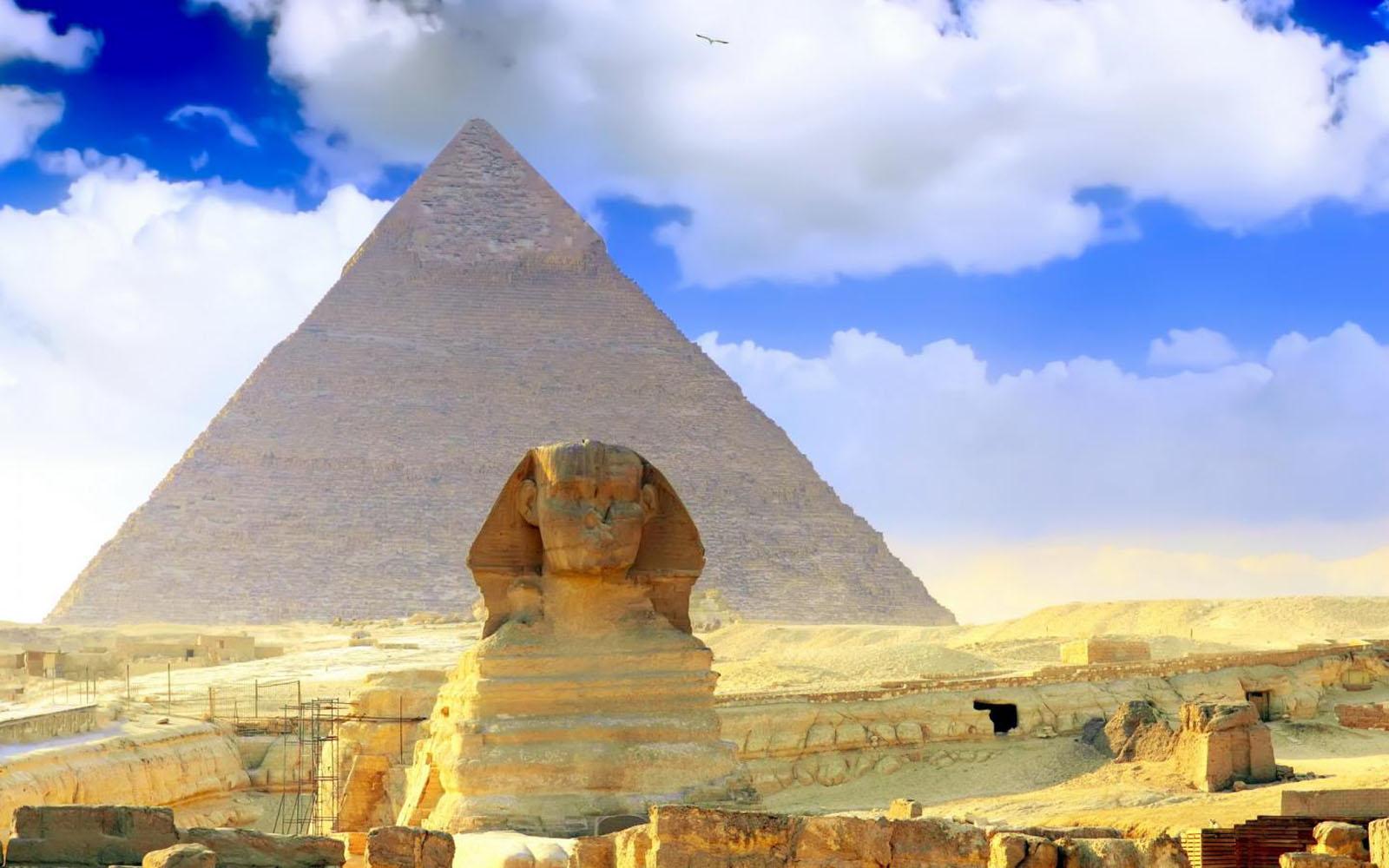 47 Pyramids Wallpaper On Wallpapersafari