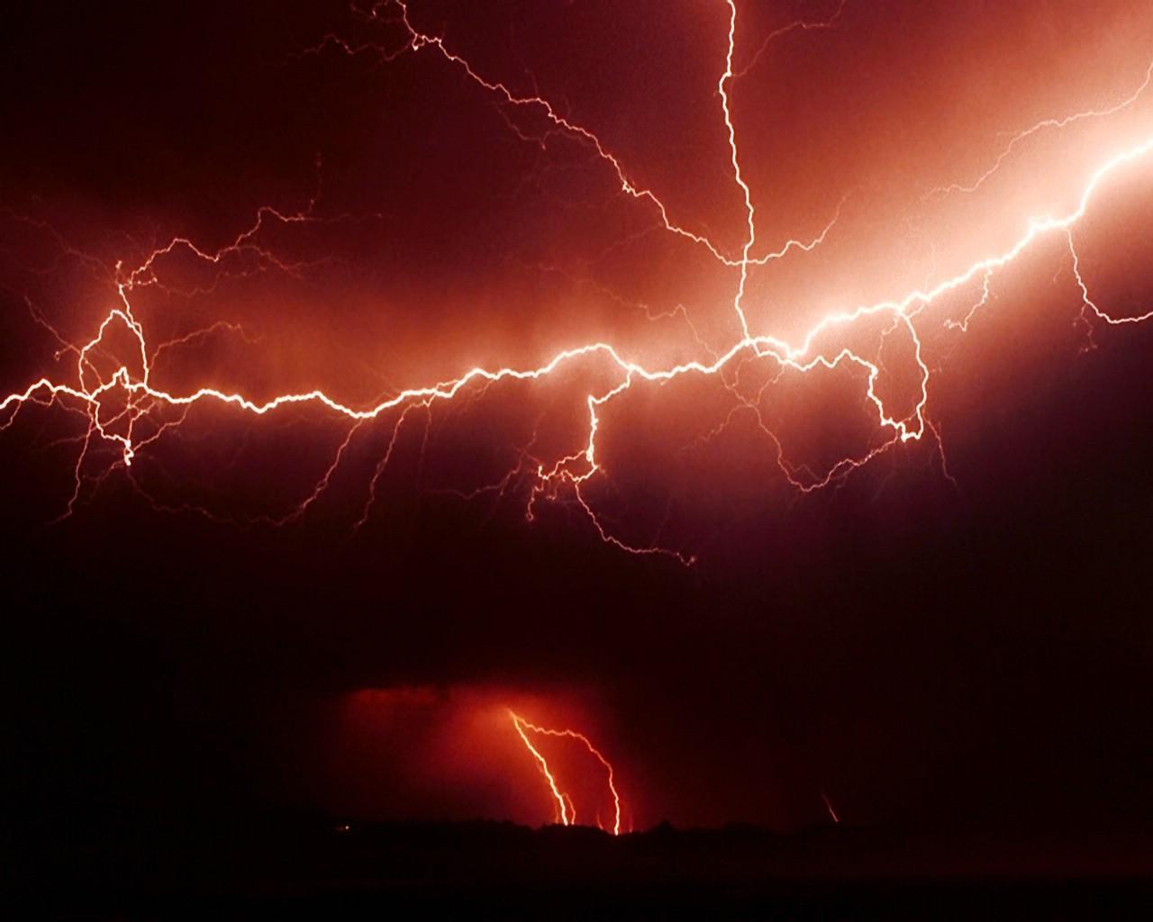 Get Volcano Lightning Storm Wallpaper images [1280x1024] for
