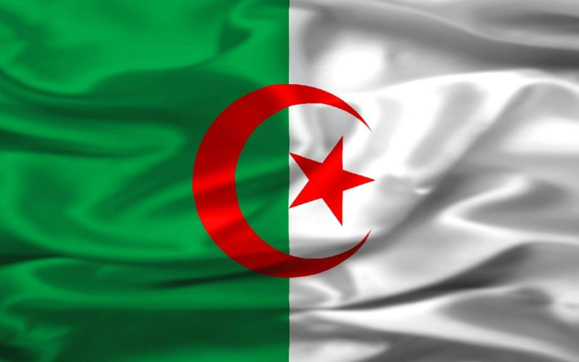 HD Algeria Flag Wallpapers and Photos HD Travelling Wallpapers 1920x1200