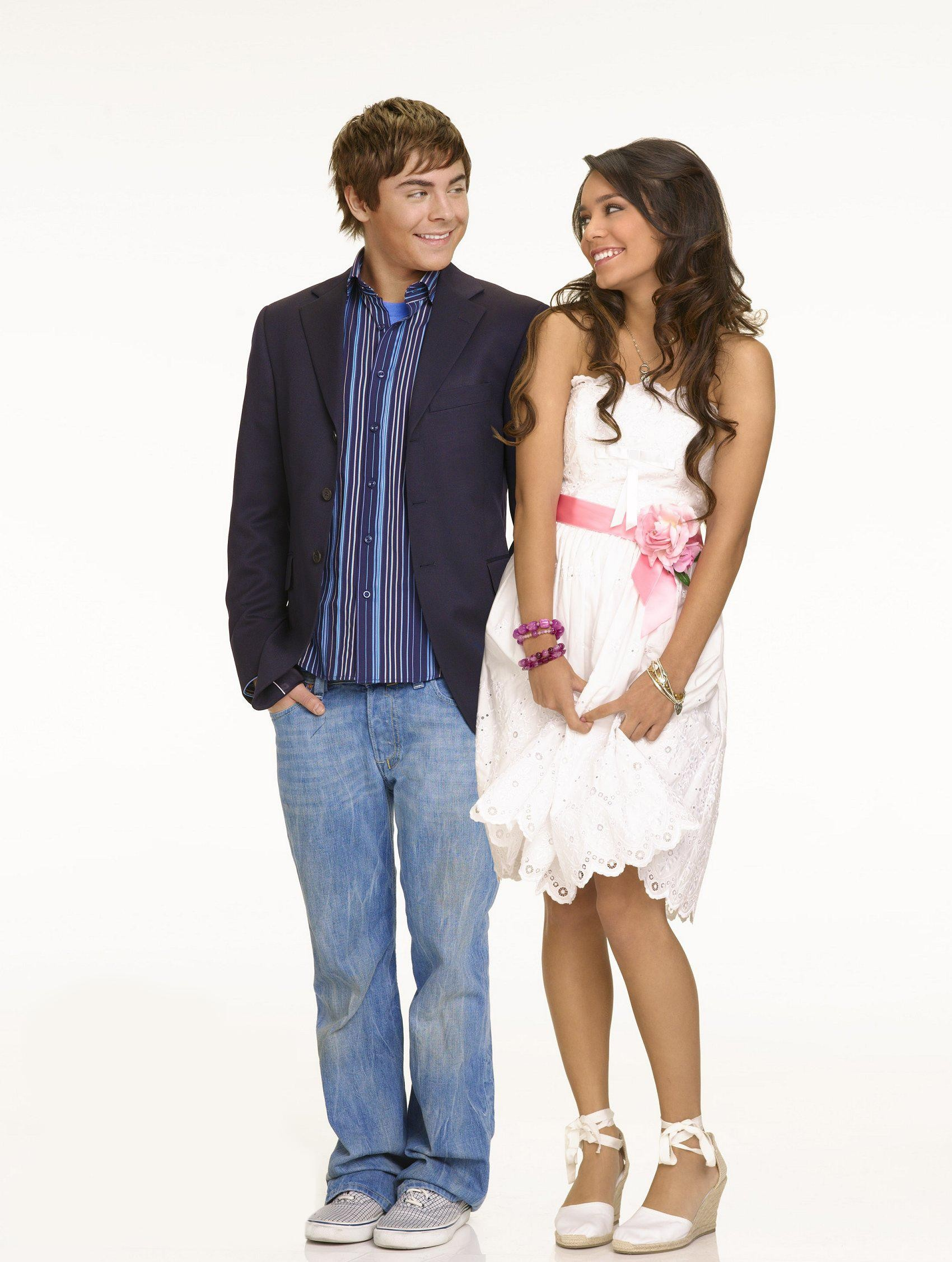 High School Musical 2 Zac Efron Vanessa Hudgens Wallpaper   High 1700x2254
