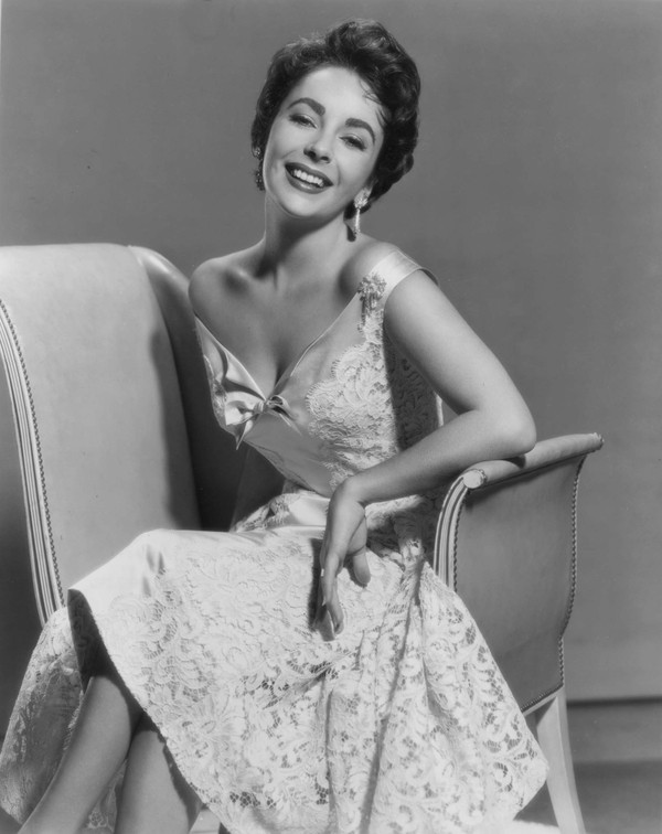 dressvintage dress vintage actress short hair grayscale elizabeth 600x756