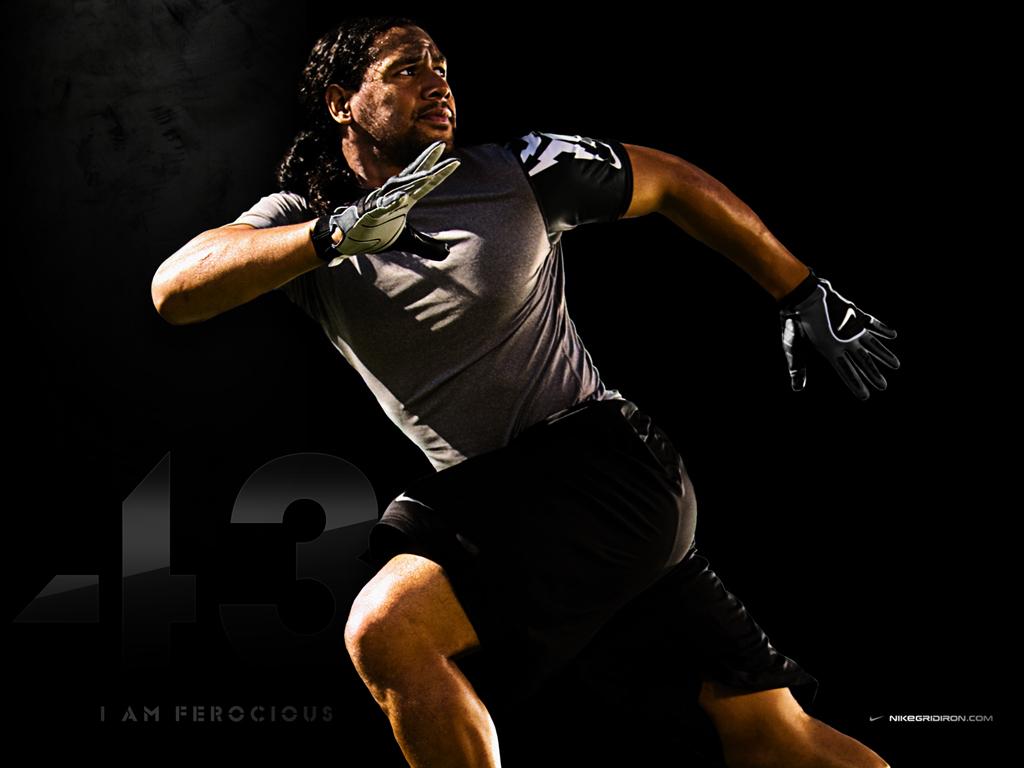Nike College Foo 1024x768